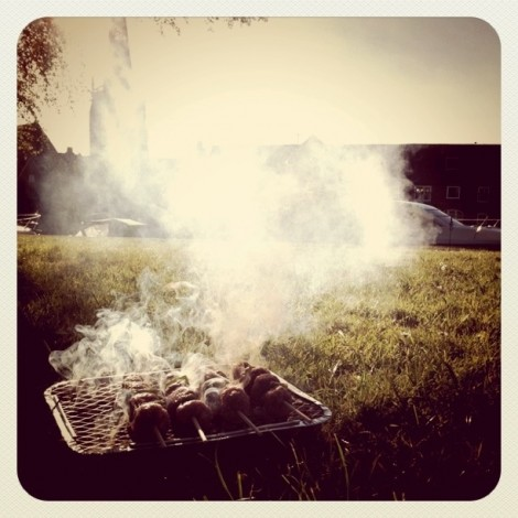 It's BBQ o'clock by the river. #summer